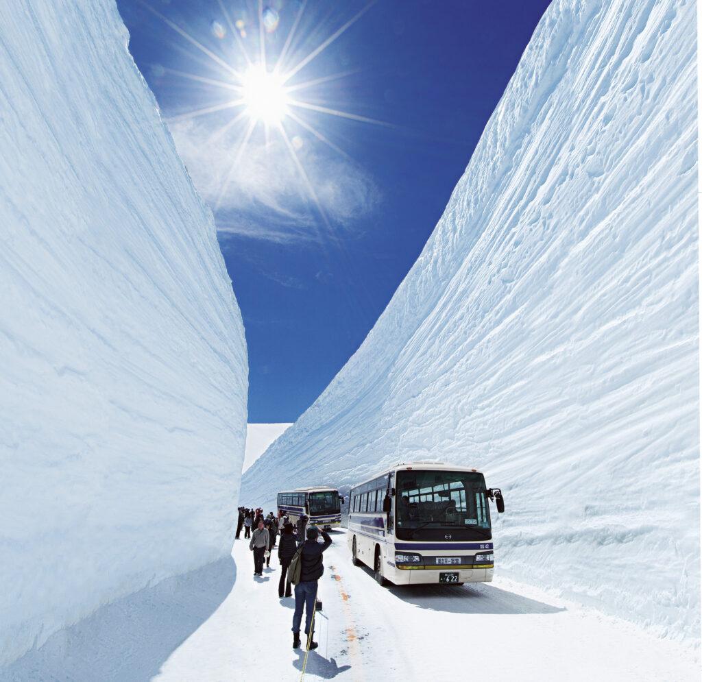 立山黑部.雪之大谷.雪壁